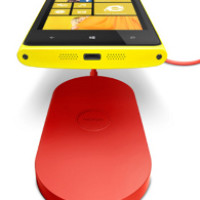 Nokia Lumia 920 and 820 Wireless Charging Pad Small