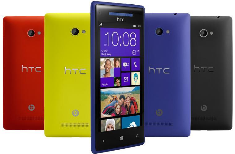Nokia Lumia 920 vs HTC 8X vs Samsung Ativ S - HTC 8X